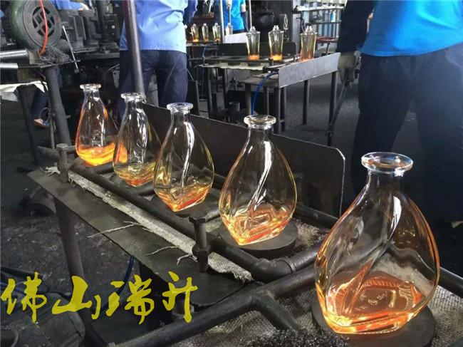酒瓶-RS-JP-2019061103